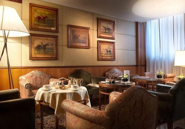 Nh Hotel Parigi Booking